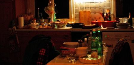 a kitchen the day after Christmas - 26 December 2003 - click to enlarge